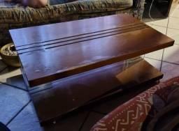 Mesa de centro em madeira maciça. Para sair hoje!