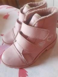 Botinha Rosa bebê