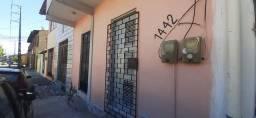 Casa com água inclusa no Montese R$ 500,00