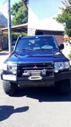 Mitsubishi Pajero 6 cil 150 cv, com guincho, venda urgente - 1998