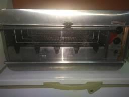 Vendo freezer e um formo a gas rotativo