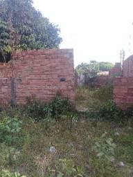 Terreno já com construção