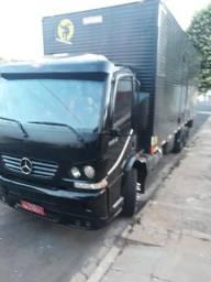 Accelo 915 truk - 2009