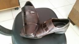 Sapato novo e barato 80,00