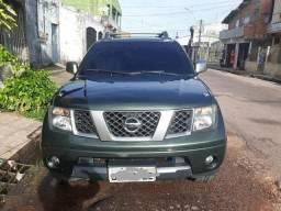 Vendo ou troco linda Nissan frontier - 2012