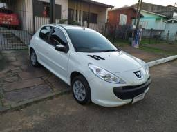 Peugeout 207 Hatch XR S Completo ano 2014 - 2014
