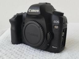 Canon 5D Mk II - Full Frame