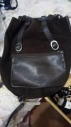 Bolsa em Camurça marrom com couro legitimo tipo mochila Kadilo