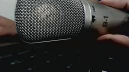 Microfone b1 beringher NOVO sem nenhum arranhão