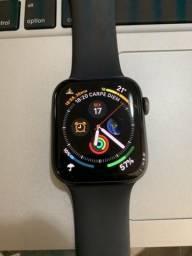 Apple Watch Série 4 44mm versão Celular (LTE/3g)