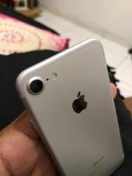 IPhone 7 novinho extra