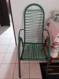 Vendo cadeiras de fio.