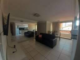 Apartamento em Cabo Branco , uma quadra do mar-Prox. a comércios