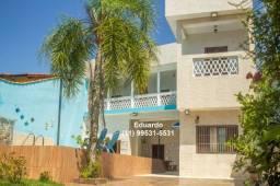 Aluga sobrado para temporada em Itanhaém, 5 quartos com piscina e churrasqueira