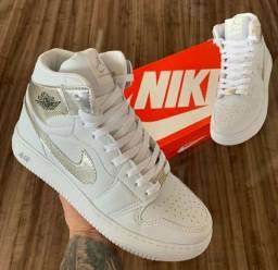 Tênis Nike Air Jordan 1 Masculino
