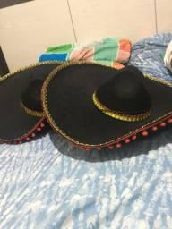 Vendo dois chapéus mexicanos