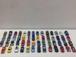 Miniaturas Hot Wheels, 52 unidades