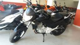 Honda CB300R, sem entrada 12x950 no cartão, aceito só moto, só chamar