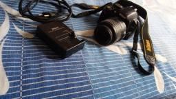 Título do anúncio: Câmera D3100