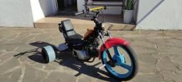 Título do anúncio: Drift trike motorizado biz 100 com partida