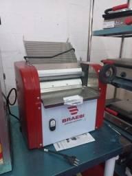 Título do anúncio: A. cilindro laminador de massas Braesi
