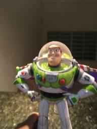 Título do anúncio: Boneco Buzz Lightyear