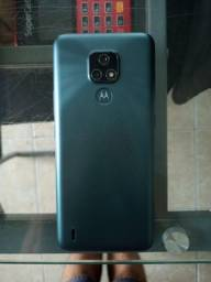 Motorola E7 na caixa