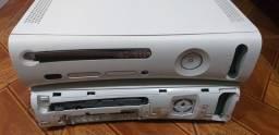 Xbox 360 modelo fat com defeito luz vermelha