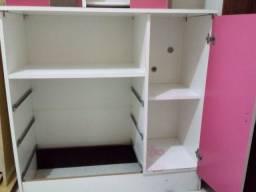 Cômoda de criança 3 gavetas mais 1 porta