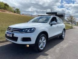 Título do anúncio: VW - Touareg V6 2014 - Completo - Aceito trocas e financio