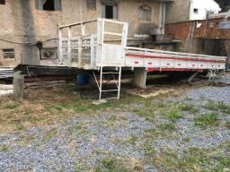 Carroceria de caminhão munck 7 mt