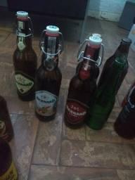 Coleção de Garrafas de Cerveja Vazias, 58 garrafas