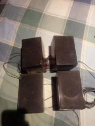 04 caixinhas d som