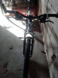 Título do anúncio: Bicicleta moutain bike. *