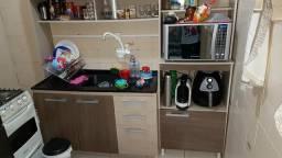 Cozinha compacta semi nova. ótimo estado