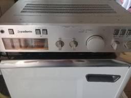 Amplificador Gradiente Mod. 86 funcionando