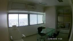 Vendo Sala no Empresarial Difusora, completamente mobiliada em Caruaru