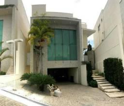 Casa duplex condomínio;De Lourdes , 5 suites; 886 m² de área ; 8 vagas ; lazer