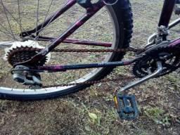2 bicicletas se comprar leva um fone de ouvido de brinde.