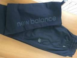 """Calça Masculina da New Balance Tamanho """"P"""" em Preto"""