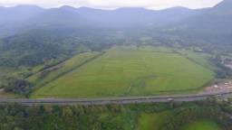 Ótima área com 45 hectares de frente para a BR-101, confira!