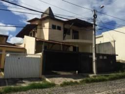 Casa no prolongamento da Abel Cabral; 4 suítes; 350m²; 4 vagas; em Cidade Verde