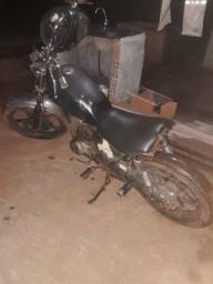 Vendo moto custom motor da 99 a alcoo