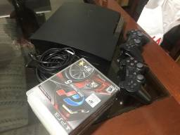 Sony PlayStation 3 + 2 Controles + 6 Games Top
