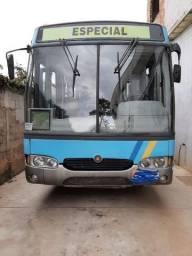 Ônibus Mercedes Bens 1721