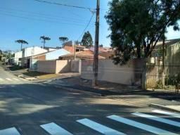Casa a venda em colombo 3 quartos, com terreno 2 vagas, pronta para morar, rua asfaltada