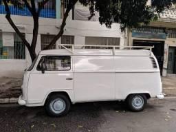 Volkswagen Kombi 1.6 Std 3p Gasolina - 2003