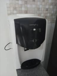 Bebedouro agua gelada