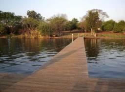 Rancho Beira d'água com escritura e benfeitorias Água Comprida