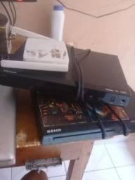 Roteador e Dois Aparelhos De DVD